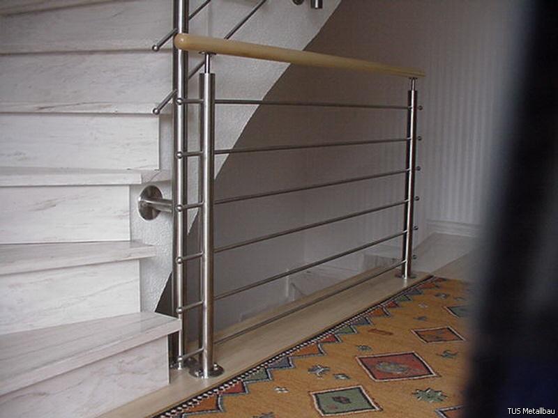 Treppengeländer Holz Und Glas ~ Treppengeländer Edelstahl, Holz, Stahl und Glas
